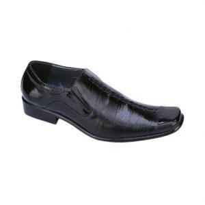 Sepatu Clarks Formal Pria Worth It